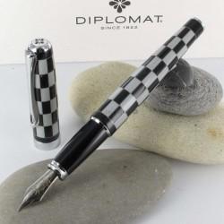 Stylo Plume Diplomat® Excellence A+ Rome Noir Blanc
