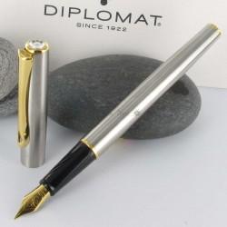 Stylo Plume Moyenne Diplomat® Traveller Acier Doré