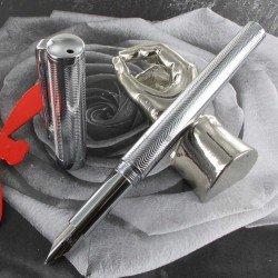 "Stylo Plume Moyenne Sheaffer® ""Intensity"" Chrome Pointe Diamant"