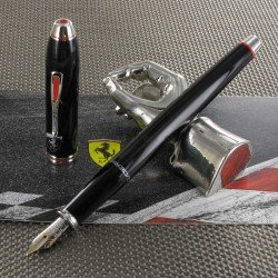 Stylo Plume Moyenne Cross® Ferrari® Townsend Noir Brillant