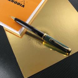 "Stylo Portemine 0,7 mm Pelikan® ""Série D300"" Noir/Vert"