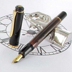 """Stylo Plume Moyenne Pelikan® """"Tradition M200"""" Brun Marbré à piston et plume plaqué Or"""