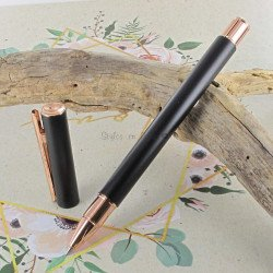"""Stylo Roller Faber Castell® """"NEO"""" noir mat, or rose"""